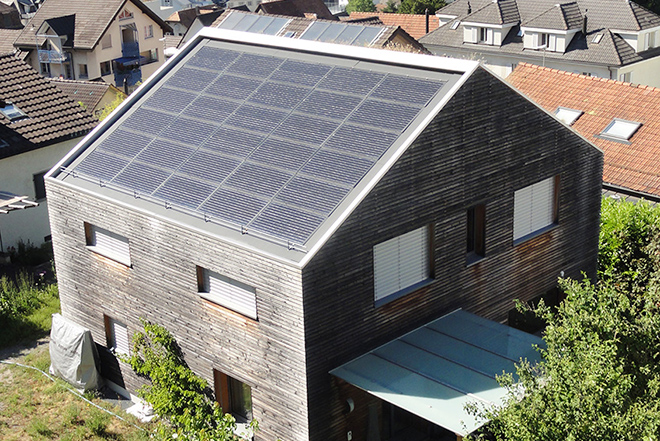 Umbau zum Plus-Energiehaus